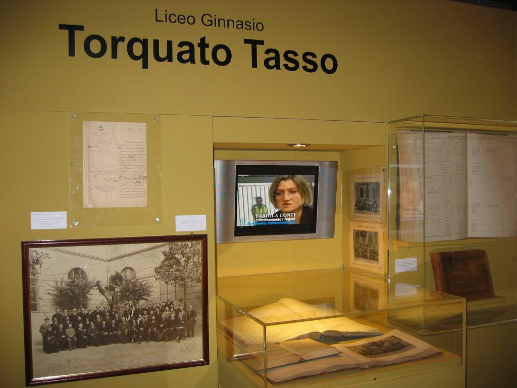 2006-5-12 Mostra 'Dagli archivi delle scuole romane'  (9)